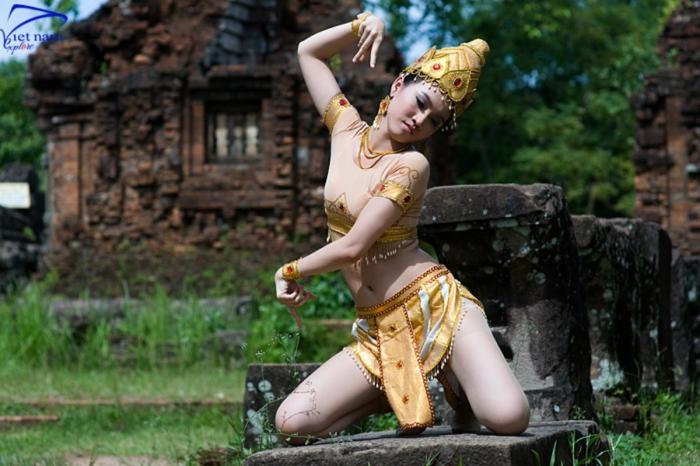 [VNE402] Tour Đà Nẵng – Ngũ Hành Sơn – Hội An – Bà Nà – Mỹ Sơn – Linh Ứng Sơn Trà (4 ngày 3 đêm)
